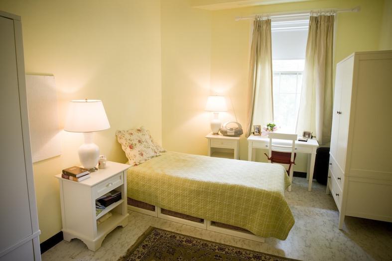McLean Appleton bedroom