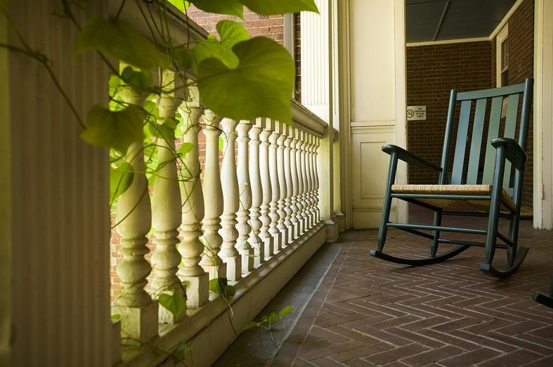Pavilion porch